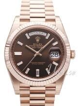 Rolex Day-Date 40 Brązowy/18 karatowe różowe złoto